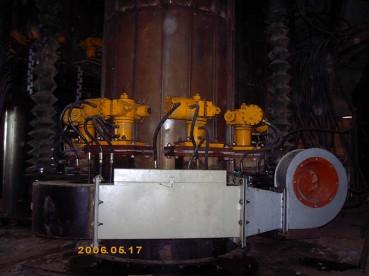 电极压放油缸及电极加热风机